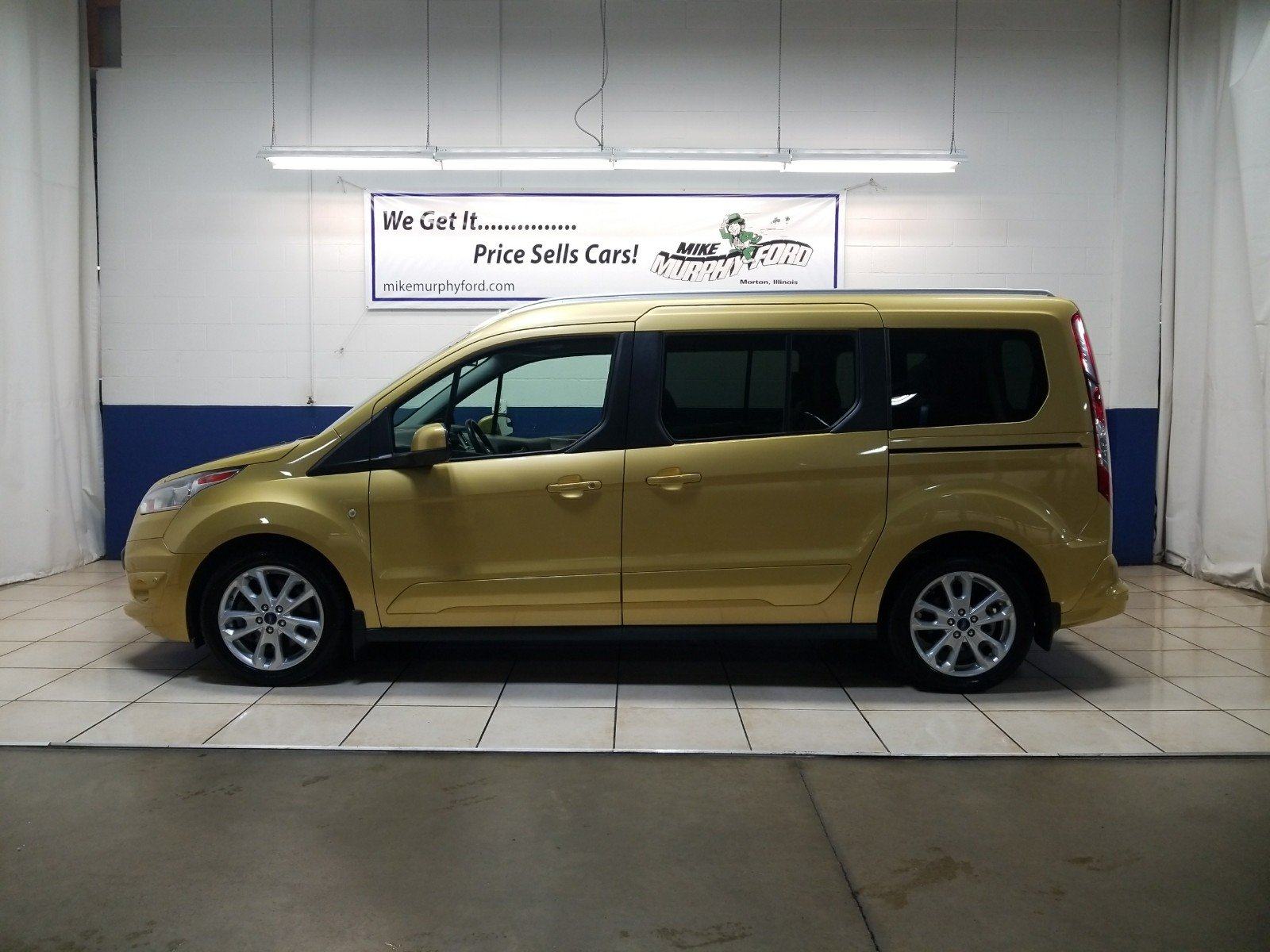 pre owned 2014 ford transit connect wagon titanium